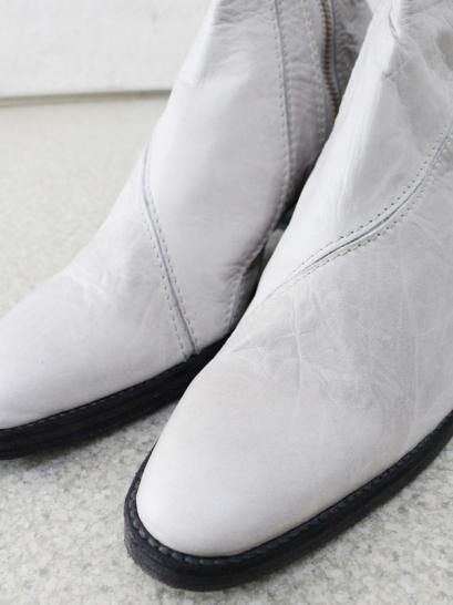 "FAGASSENT ""BULLET ivory"" ivory shrink leather 6.5cm high heel seaming boots"
