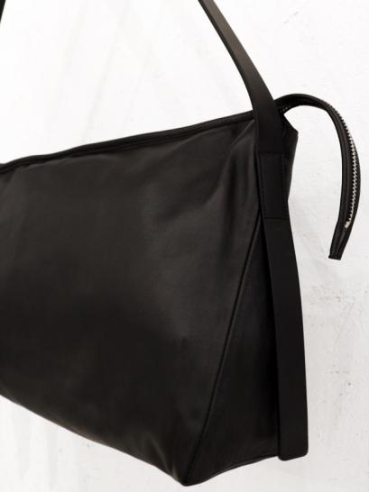 "rewords/rewordsdesign Leather Shoulder Bag ""VERB"" / BLACK"